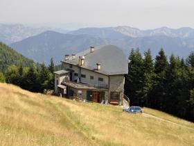 rifugio-citta-di-forli-ai-prati-della-burraia-1452-mt