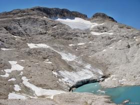 Ghiacciaio Fradusta con laghetto proglaciale