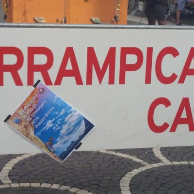 arrampicata-in-piazza-treviso-03